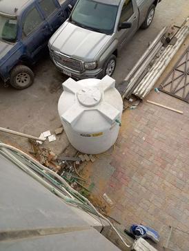 للبيع خزان ماء نظيف 4