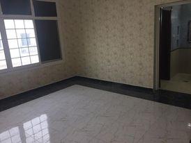 يوجد شقة غرفة وصالة نظامية للايجار بمدينة محمد بن زايد موقع مميز جدا