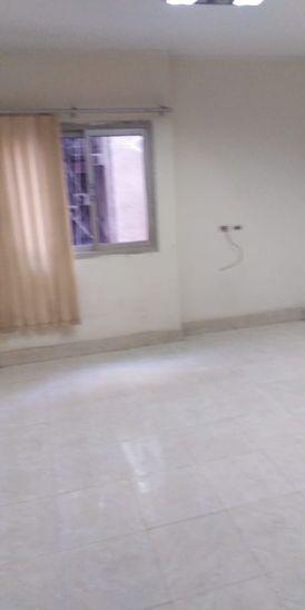 للبيع شقة في شارع فيصل الرئيسي من المالك