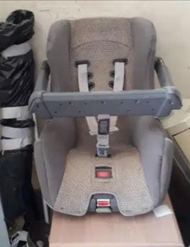 كرسي اطفال حق السياره