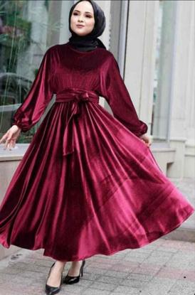 للبيع فستان بسعر مناسب
