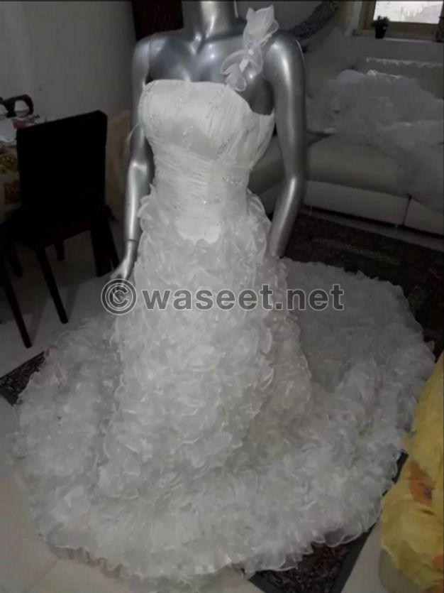 فساتين زفاف جديد للبيع