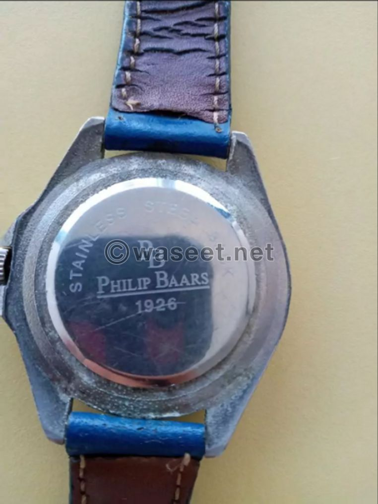للبيع ساعة أصلية