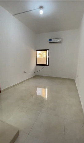 يوجد شقة غرفة وصالة نظامية للإيجار في الخالديه