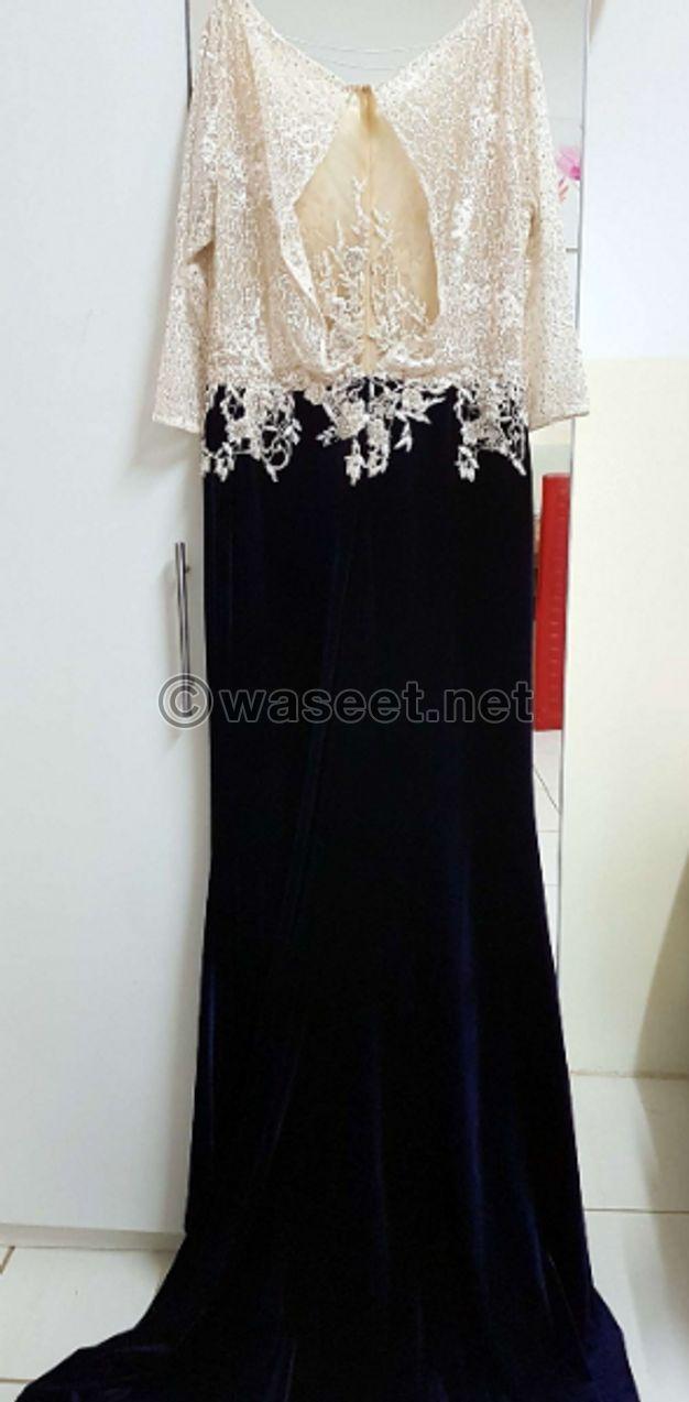 للبيع فستان اعراس مستعمل