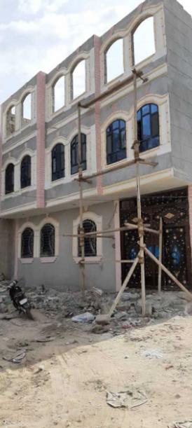 عمارة للبيع في صنعاء شارع النصر سعوان