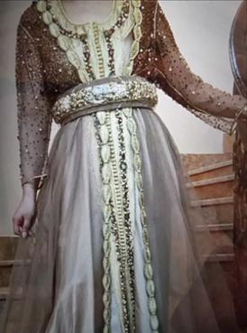 أزياء مغربية راقية للبيع