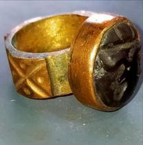 خاتم نحاس قديم