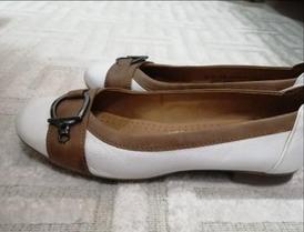 حذاء نسائي ابيض جلد طبيعي