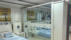 غرفة نوم مودرن بدولاب كبير