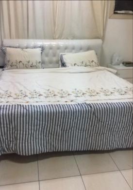 غرفة نوم نظيفه للبيع