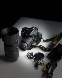 للبيع كاميرا nikon d5200