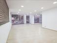 صالة عرض ٤٠٠ متر للبيع في الصنائع شارع سبيرز 2