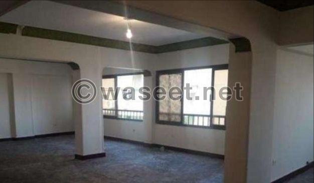 للبيع شقة رخصة اداري 455 م بمصر الجديدة