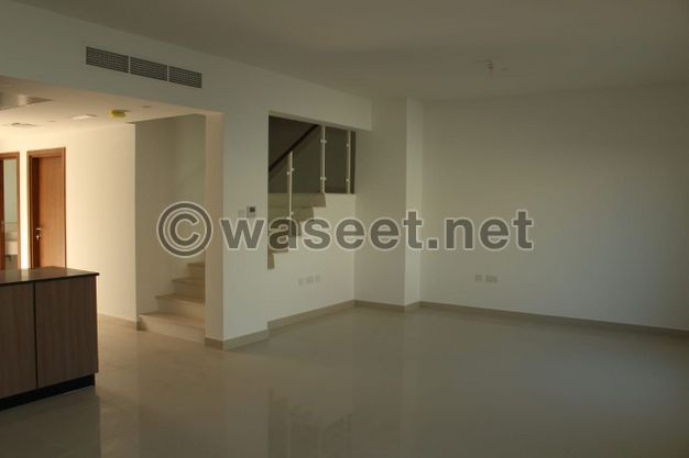 Al Reef 2 villa for rent