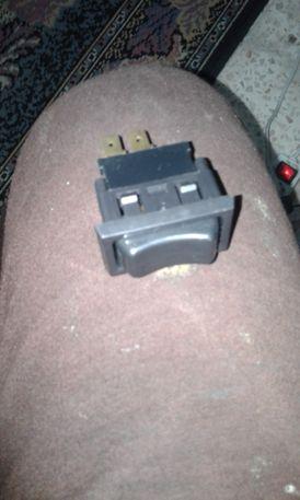 مفتاح كهربائي لجميع انواع السيارات