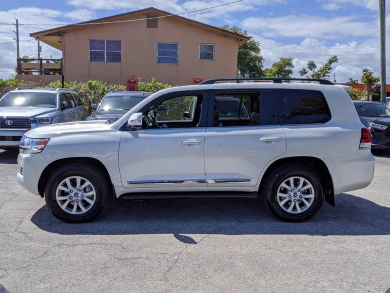 2020 Toyota Land Cruiser AWD 4dr SUV
