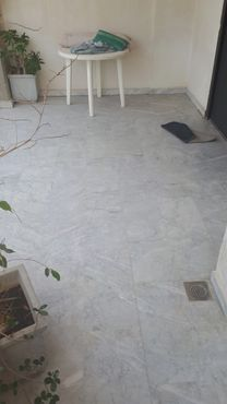 965) شقة للبيع في ادونيس 140م طابق خامس...
