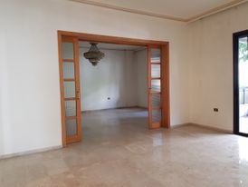Apartment for Sale in Horsh Tabet 380m