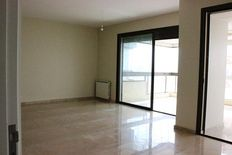 Apartment for rent in Achrafieh (Sioufe)