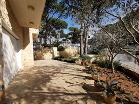 Apartment with Terrace for Rent in Beit Meri