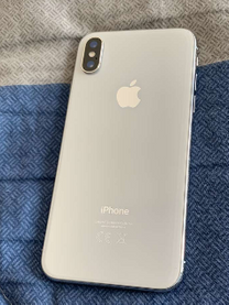 Apple iPhone X 64GB excellent condition