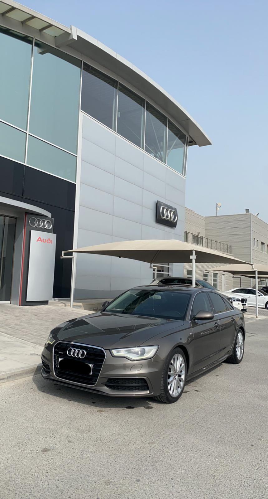 Audi A6 / 2014 (Grey)