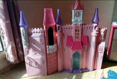 Barbie's House For sale