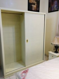 Bedroom set for sale In perfect condition