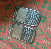 Blackberry 9300 no battery no cover working