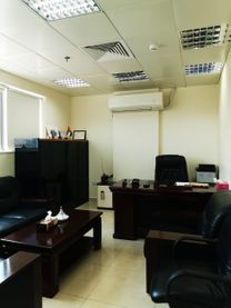 Executive Offices to lease at business center
