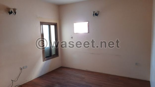 Flat for Rent in small residential building