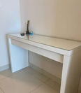 For sale dressing table with a mirror 1