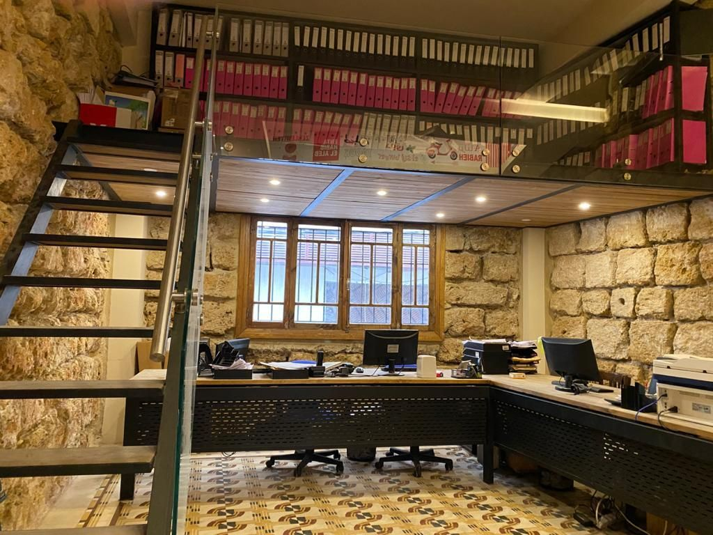 Furnished Office for rent gemayze