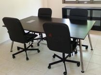 Galant conference / meeting table