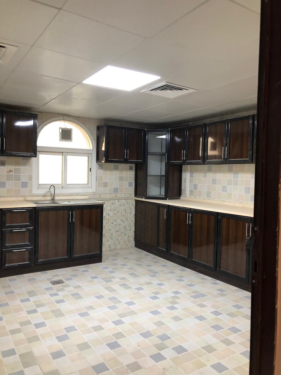 HOT DEAL! BIGGEST LAYOUT 2 BED ROOM HALL APARTMENT AT NICE LOCATION FOR RENT IN AL-SHAMKHAH