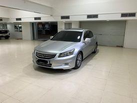 Honda Accord 2011 (Silver)