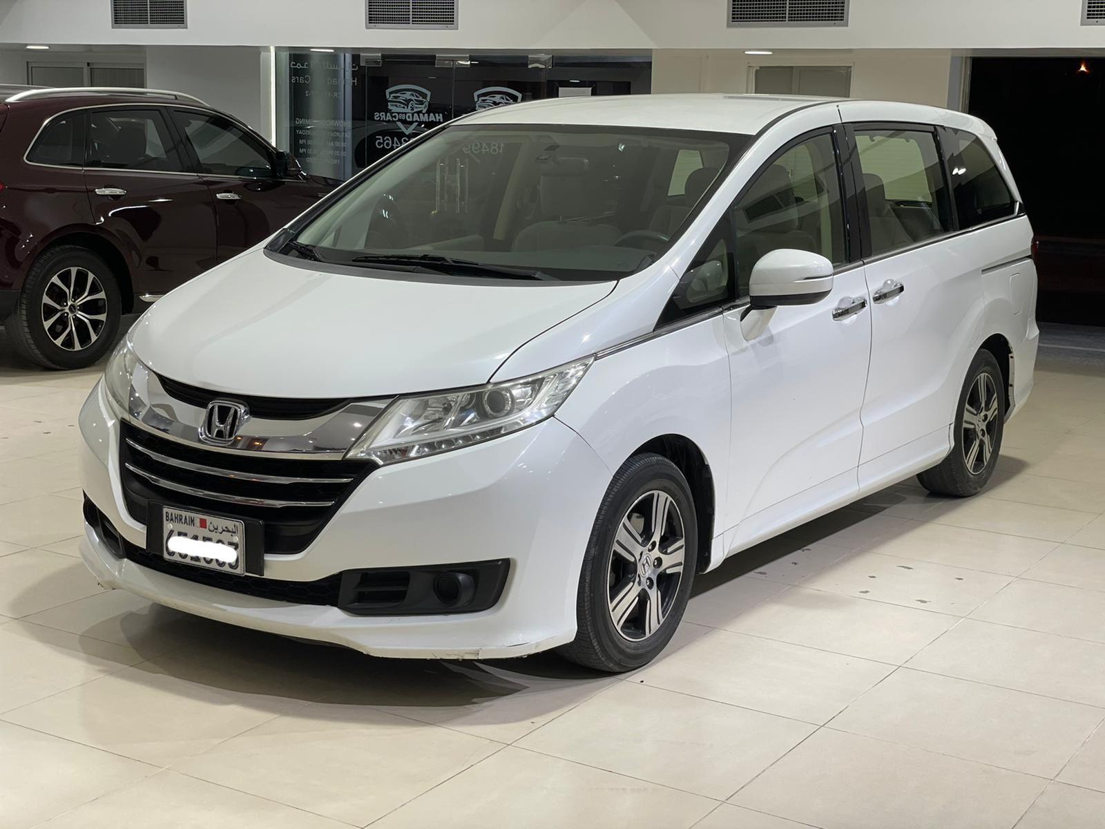 Honda Odyssey 2015 (White)