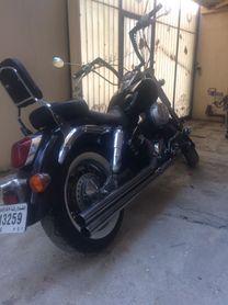 Honda shadow 750 clean