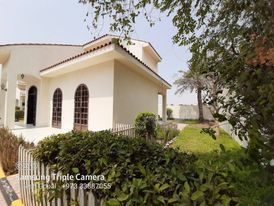 VILLA WITH COMMON POOL RENT BHD: 700