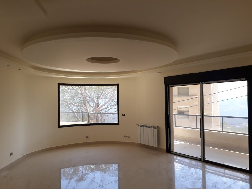 Spacious Apartment For Sale in Baabdat