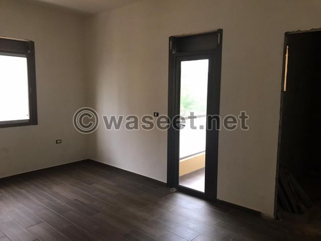 Apartment for Sale in Halat with Open View