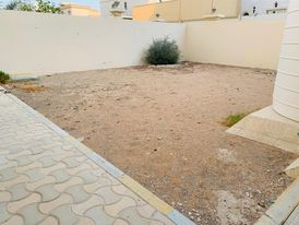 Limited Offer !!! 4 Bedrooms Villa With Maid's & Driver Room, Covered Parking In Al Shamkha.