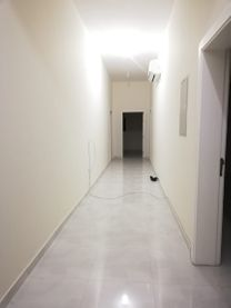 4 غرف نوم مجلس و غرفة خادمة رائعة للايجار في الشمخة...