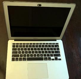 MacBook Air 2017 مقاس 13 إنش