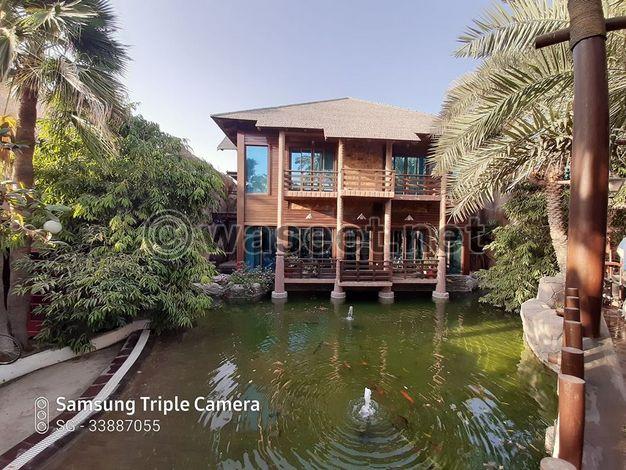 4 غرف نوم فيلا مفروشة بالكامل في سار مع حمام سباحة