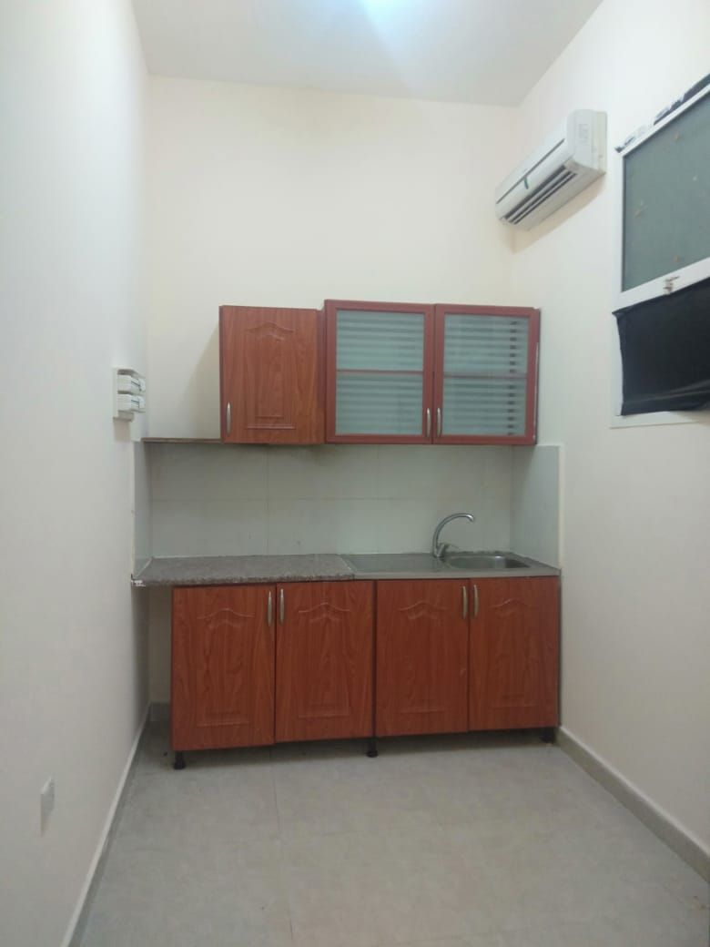 SPACIOUS AND NEAT 1 BED ROOM HALL APARTMENT FOR RENT IN AL-SHAMKHAH