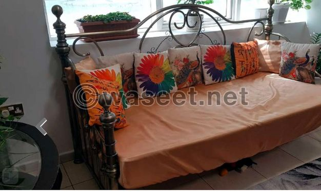 Sale Day Bed for Center Hall