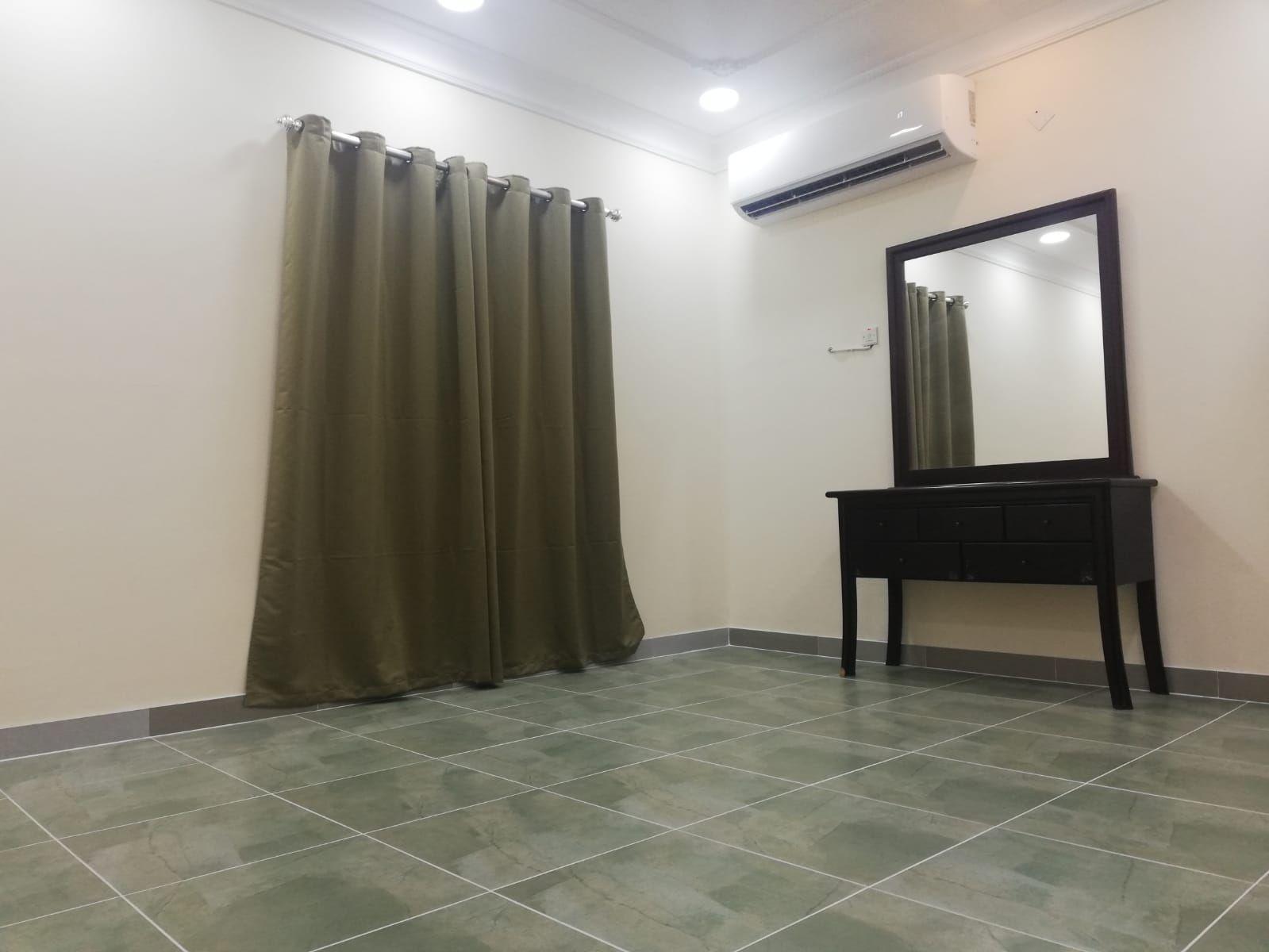 Studio flat for rent in zing area