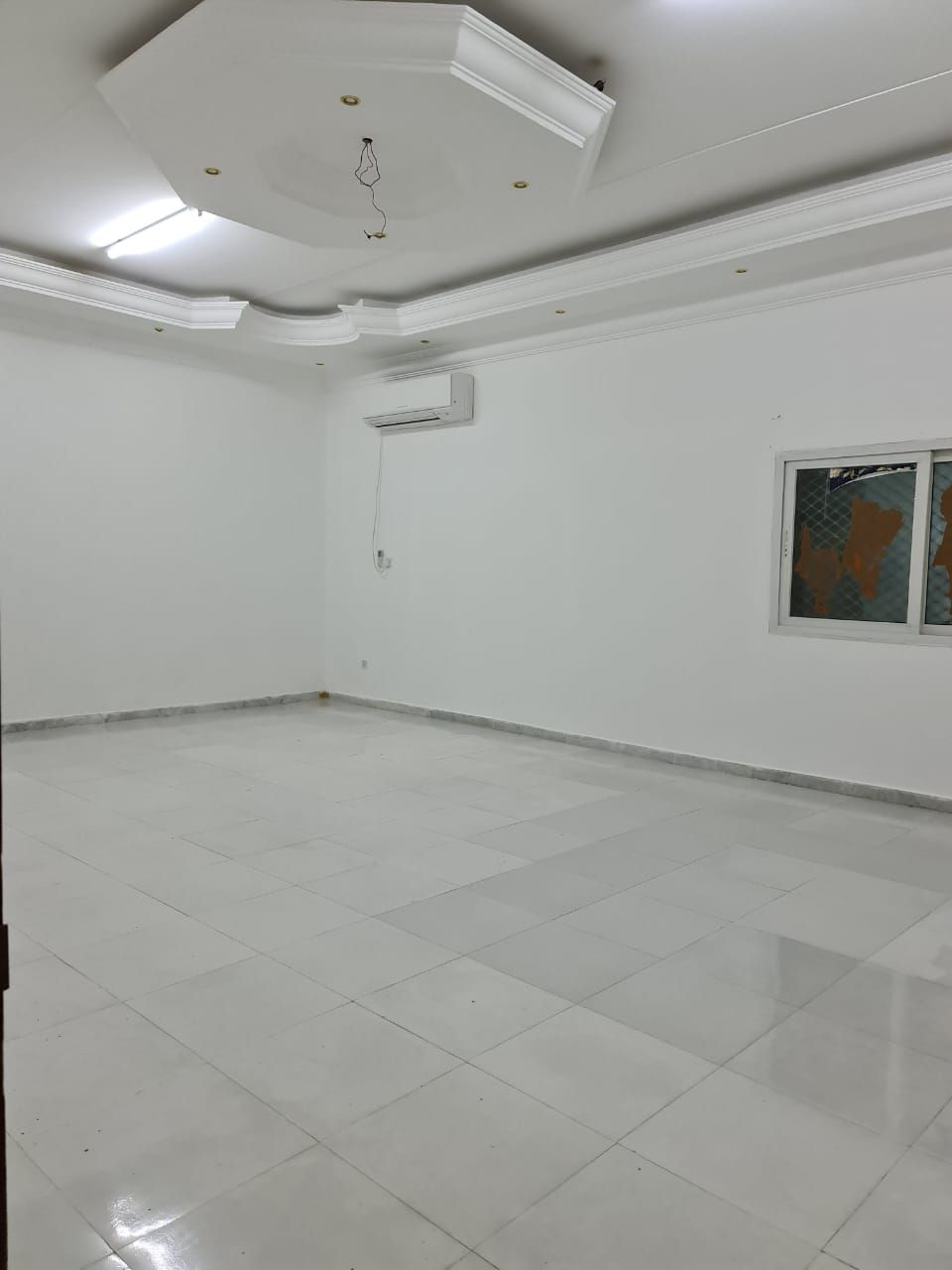TREMENDOUS BRAND NEW 3 BED ROOM HALL MULHAQ FOR RENT IN AL-SHAMKHAH